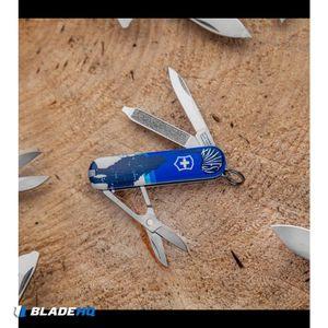 "Victorinox Classic SD Swiss Army Knife Blade HQ Blue Crazy Wolf ""Lobo Loco"""